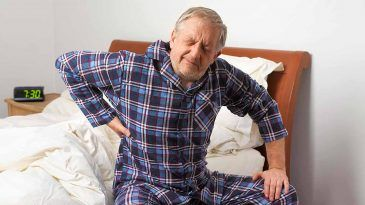 How to Deal with Middle Back Pain in the Morning?